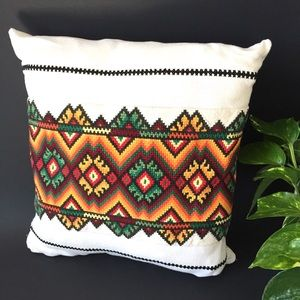 Vintage embroidered pillow and cover